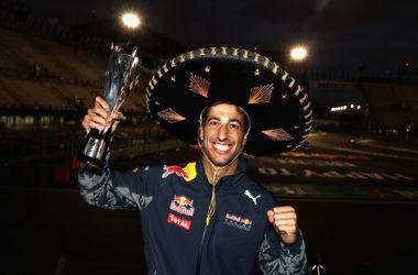 Формула-1: Себастьяна Феттеля лишили третьего места на Гран-при Мексики