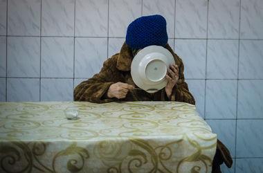 Пенсионный кризис: могут ли украинцы остаться без пенсий и как спасти ситуацию