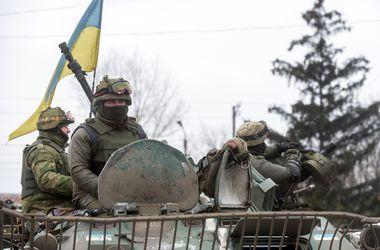 Зима близко: на Донбассе местные жители вспомнили о керосинках, а солдаты - о термобелье