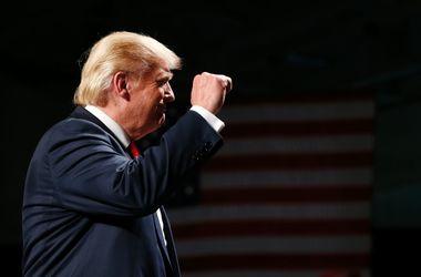 Выборы в США: Трамп сократил разрыв с Клинтон до 5%
