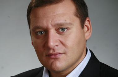 Добкин задекларировал арсенал оружия, вина, шубы и подарок отца в 10 млн грн