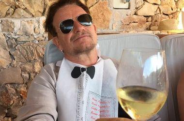 """56-летний Боно стал первым мужчиной в списке """"Женщина года"""" журнала Glamour"""