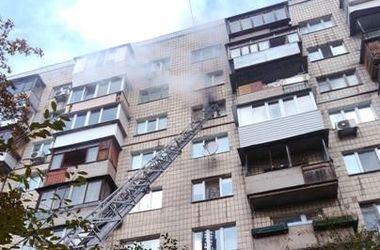 В центре Киева в пожаре погиб человек