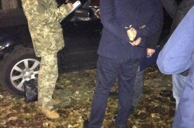 В Киеве на взятке задержали следователя райуправления полиции