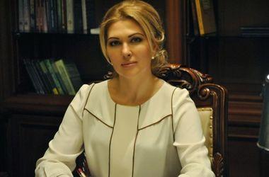 """Гламурная одесская судья задекларировала пять шуб, два """"Ролекса"""" и много золота"""