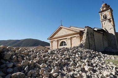 Разрушенный землетрясением древний город в Испании, сняли с беспилотника