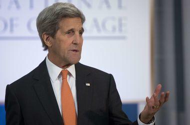 """Керри: США ответят России на кибератаки в """"установленные сроки"""""""