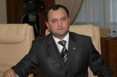 """Лидер президентской гонки в Молдове обещает федерализацию и """"особый статус"""" Приднестровью"""