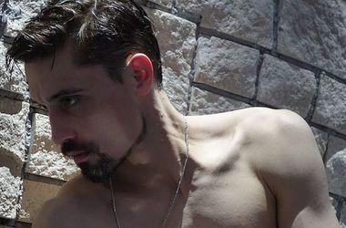 34-летний Дима Билан напугал чрезмерной худобой в бане