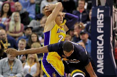 Российский баскетболист заработал контузию на матче НБА