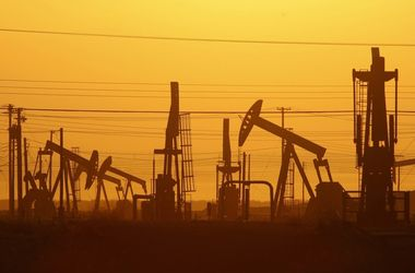 Цены на нефть растут после обвала