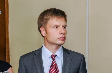 Гончаренко озвучил позицию БПП по голосоваию за снятие неприкосновенности с Новинского