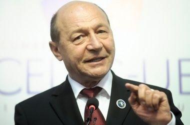 Посольство Молдова в Москва возглавляет Mr.