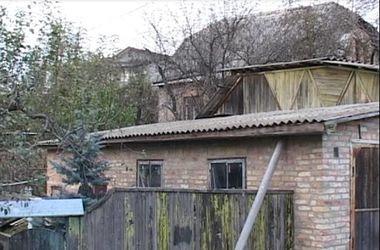 В Киеве возле частного дома прогремел взрыв