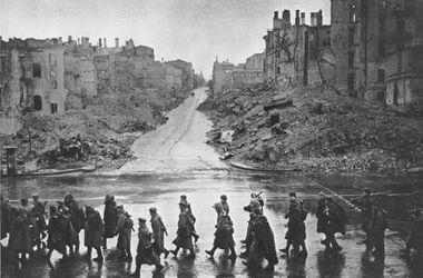 Как освобождали Киев в 1943-м: платок вместо красного флага и черный дым от горящих домов