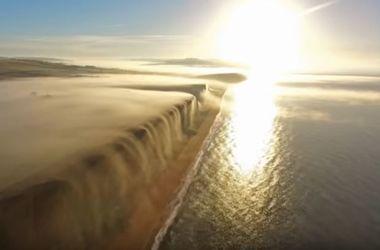 Как туман превращается в водопад: удивительное видео