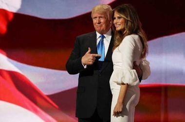 Жена Трампа нелегально работала в США – СМИ