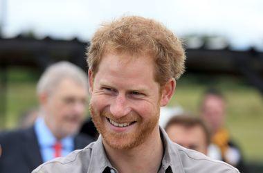 Принц Гарри одновременно крутил романы с двумя девушками - СМИ