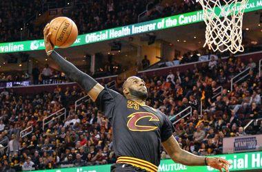 Леброн Джеймс вошел в десятку самых результативных игроков НБА в истории