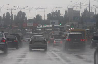 Прогноз погоды: неделя начнется с потепления, а закончится дождями