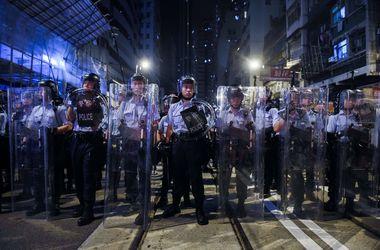 Протесты в Гонконге: полиция применила перцовый газ