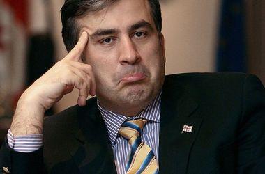 Отставка Саакашвили: реакция политиков, экспертов и общественности