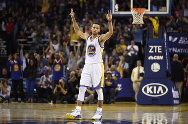 Стефен Карри побил рекорд НБА по количеству заброшенных трехочковых за один матч