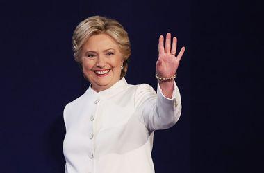 Подсчет голосов на выборах в США: Клинтон лидирует в 13 штатах