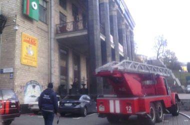 В Киеве из-за пожара на Крещатике эвакуировали 200 человек