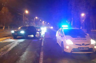 ДТП с погоней и стрельбой в Киеве: разбито четыре авто, пострадал полицейский