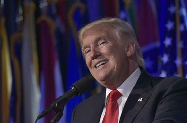 Трамп не отказался от стены на границе с Мексикой