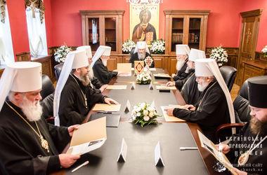 Священный Синод УПЦ обратился к Порошенко