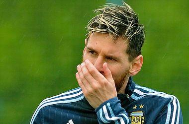 Лионелю Месси стало плохо в самолете во время перелета сборной Аргентины