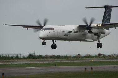 Канадский авиалайнер едва ушел от столкновения с дроном