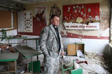 В сети показали жуткие фото школы в Широкино