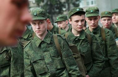 """Российских """"срочников"""" хотят отправлять воевать за границу"""