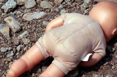 В Тернополе молодая мать бросила своего малыша и уехала в поезде