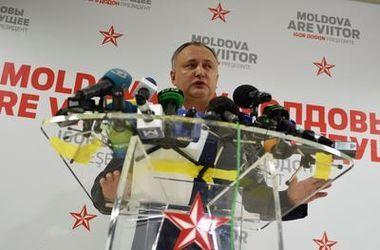 ЦИК официально признал победу Додона на выборах президента Молдовы
