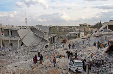 Из-за интенсивных бомбардировок жители Алеппо отрезаны от гуманитарной помощи