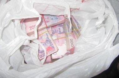 В Гнутово пограничники изъяли у украинца два миллиона гривен