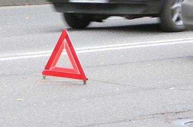 В Днепропетровской области Lexus влетел в автобус, есть пострадавшие