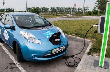 Украинцы активно пересаживаются на электромобили