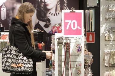 Украинские магазины активно заманивают покупателей скидками