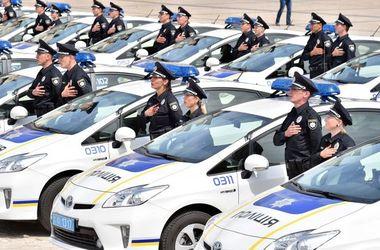 На Донбассе задержали копа-афериста