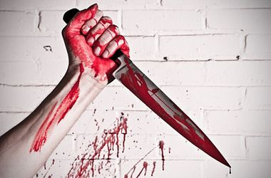 Отец кухонным ножом зарезал собственную дочь в Николаеве