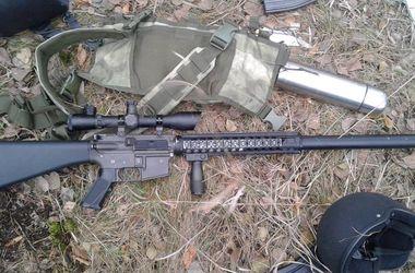 В Чернигове три человека с винтовками М-16 и ножами пытались пробраться в воинскую часть