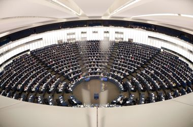 В Европарламенте признали российскую пропаганду и призвали бороться с ней