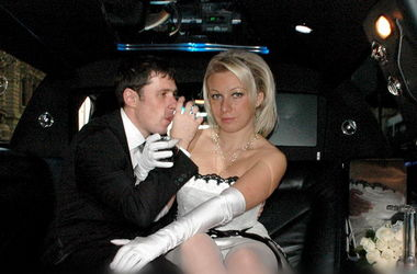 Интимные свадебные фото представителя МИД РФ Захаровой ужаснули интернет (18+)