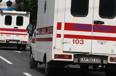 Под Киевом джип тяжело травмировал пешехода, водитель сбежал