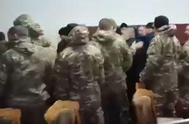 """Подробности погрома на Одесской таможне: """"активисты из Киева"""" атаковали ведомство из-за груза"""